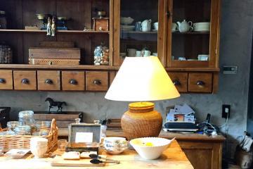 Buffet du petit-déjeuner au B&B De Waterzooi © Yonder.fr