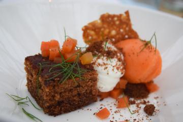 Variations autour de la carotte en dessert (De Kas) | © Yonder.fr
