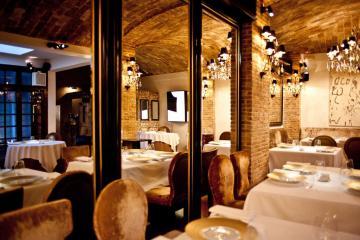 La salle à manger de Spondi, 2 étoiles et régulièrement voté meilleur restaurant d'Athènes.| © Spondi