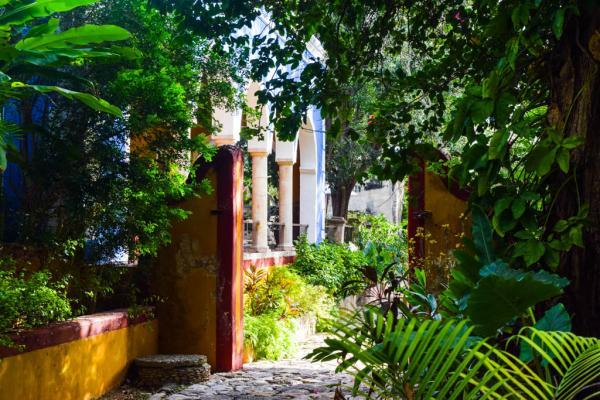 Dans les jardins de l'Hacienda © Yonder.fr