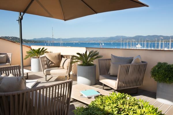 Sur la terrasse privative de la suite Dolce Vita | © Hôtel de Paris Saint-Tropez