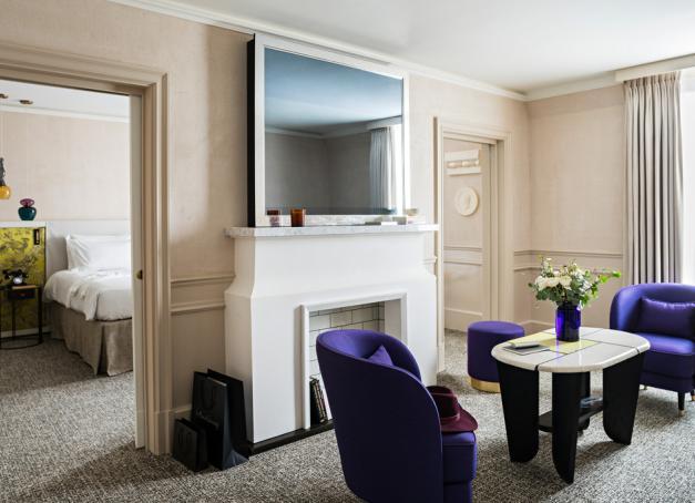 Après deux ans de travaux, l'hôtel Sofitel Le Scribe Paris Opéra présente un nouveau visage inspiré de son histoire et de son quartier ancré dans l'art et la mode.