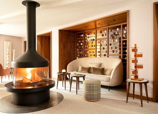 Envie d'un hôtel romantique en France où partir en week-end ? Découvrez notre sélection d'hôtels conjuguant confort, luxe, bien-être ou gastronomie pour roucouler à deux. Direction le Luberon, le Val de Loire, la Bourgogne, les Alpes ou Paris.