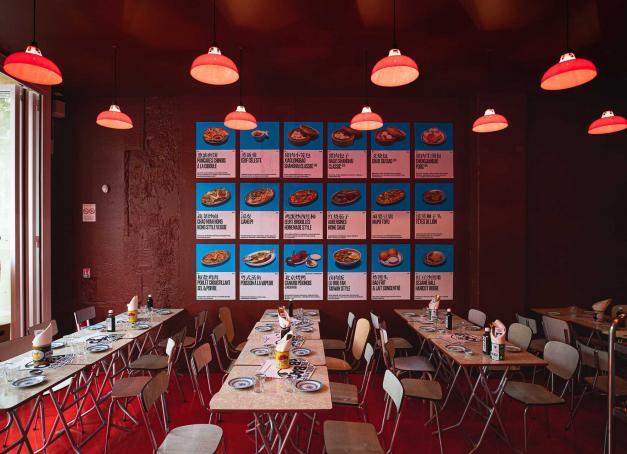 Quelles sont les meilleures tables de l'été à Paris ? Le point complet sur les ouvertures récentes avec 15 adresses soigneusement sélectionnées par la rédaction, dont la moitié ont été testées et approuvées.