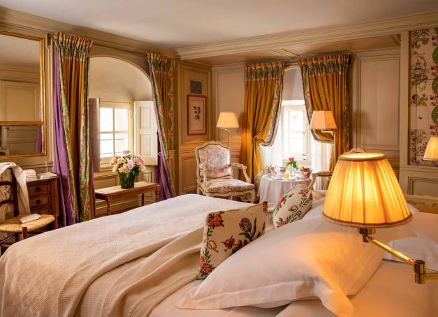 Envie d'un hôtel romantique en France où partir en week-end ? Découvrez notre sélection d'hôtels conjuguant confort, luxe, bien-être ou gastronomie pour roucouler à deux. Direction le Luberon, le Val de Loire, la Bourgogne, les Alpes ou la Provence.