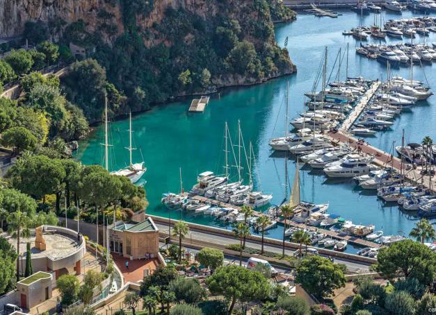Ensoleillée, chic, dépaysante et facile d'accès, Monaco est une destination idéale pour s'offrir une escapade méditerranéenne tout au long de l'année. Découvrez la Principauté à travers ses meilleures adresses le temps d'un long week-end sur la Riviera.