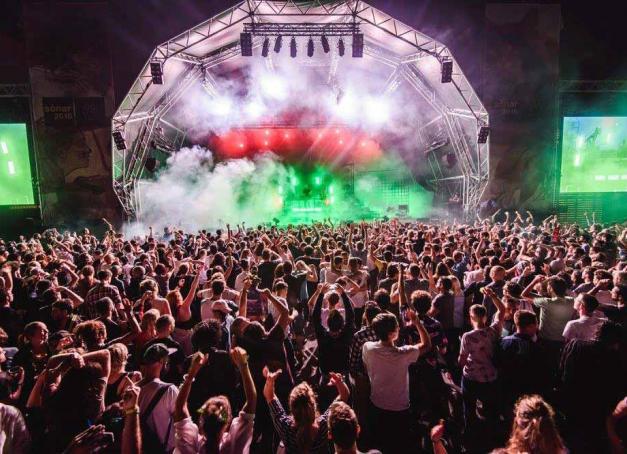 Comme chaque année, le gotha des musiques électroniques se réunit à Barcelone pour son mythique festival Sónar et sa fameuse Off Week. On fait le point sur les soirées et évènements à ne pas manquer du millésime 2017.