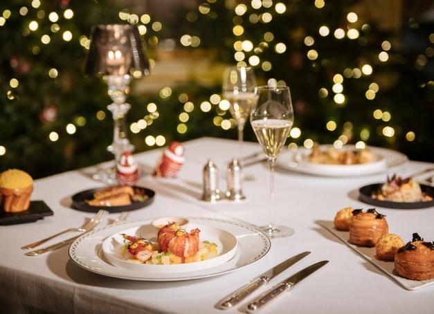 Quels sont les Menus de Noël imaginés par les grands chefs étoilés de Paris ? La sélection de la rédaction.
