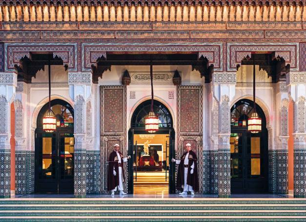 La Mamounia, mythique palace de Marrakech, a rouvert ses portes après une rénovation de grande ampleur. Au programme, des espaces repensés par le duo Jouin / Manku et de nouvelles expériences culinaires signées Jean-Georges Vongerichten et Pierre Hermé.